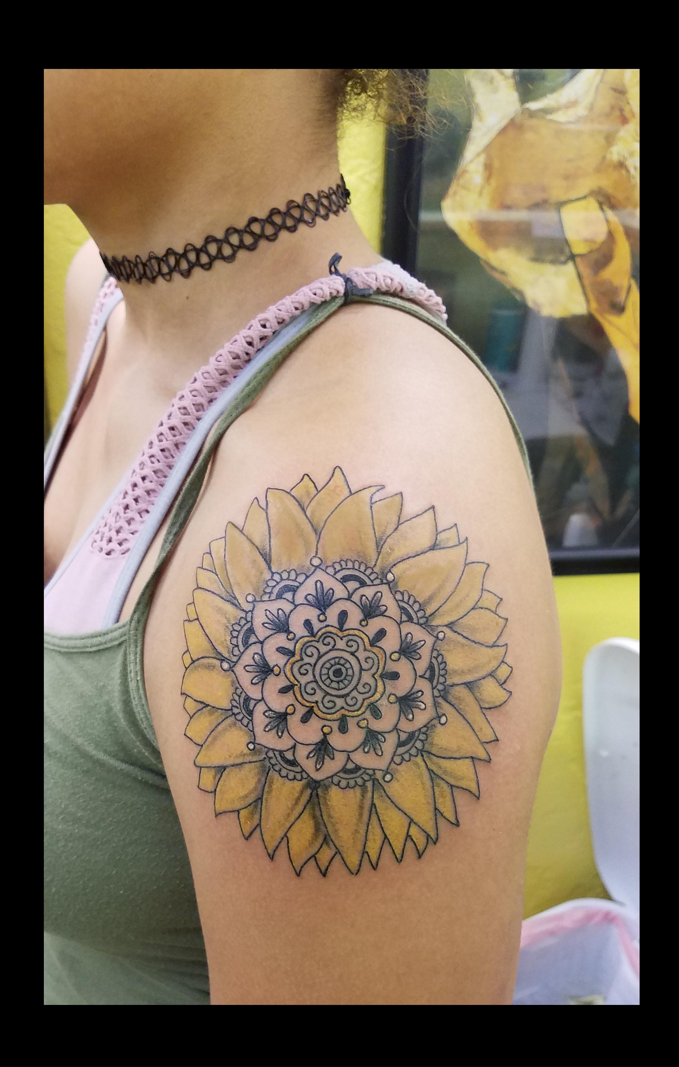 Mandala Sunflower by Ruben